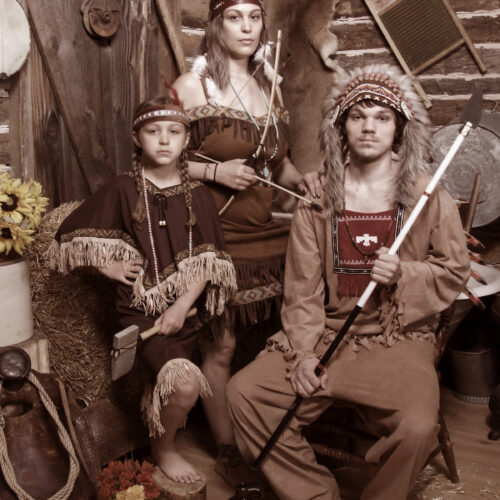 Family Shoot with Native Elements
