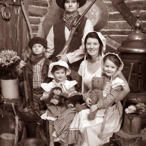 Cute Family Cabin Shoot